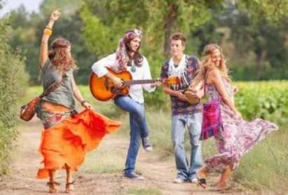 hippies singing